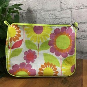 🎈SALE! 3/$15 Clinique floral makeup bag 🍃